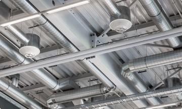 Монтаж приточной вентиляции</br>в офисе